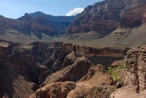grand canyon<br>NIKON D200, Focale 20 mm, 100 ISO, Vitesse : 1/200 sec, Ouverture f : 8