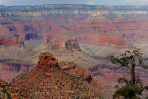 grand canyon<br>NIKON D200, Focale 70 mm, 100 ISO, Vitesse : 1/250 sec, Ouverture f : 8